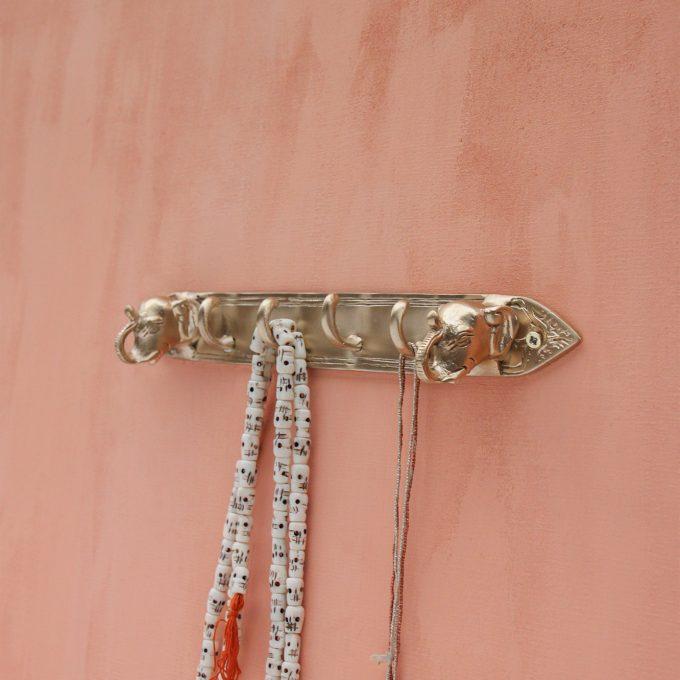Zoya Elephant Hook Rack