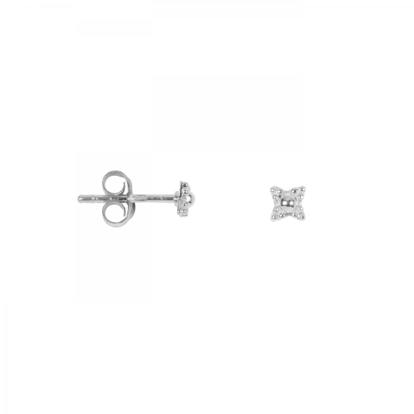 Antique Dotted Stud Silver