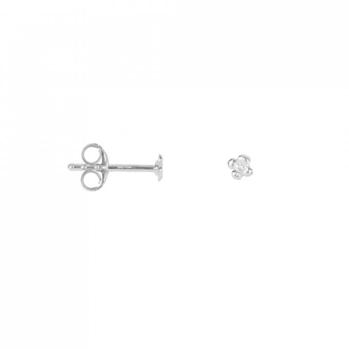 Dotted Mini Flower Studs Silver