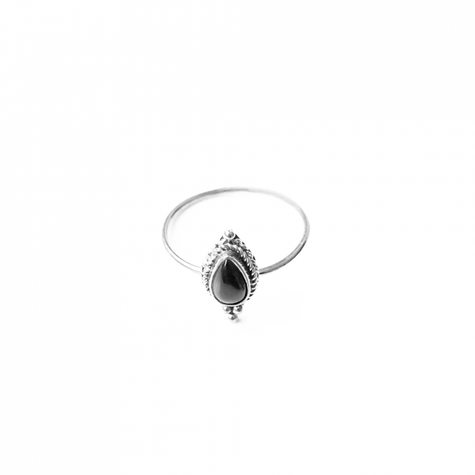 Onyx Pearshape Ring Silver