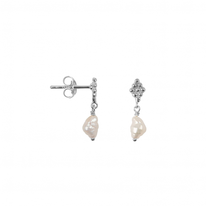 dotted wieber pearl stud silver