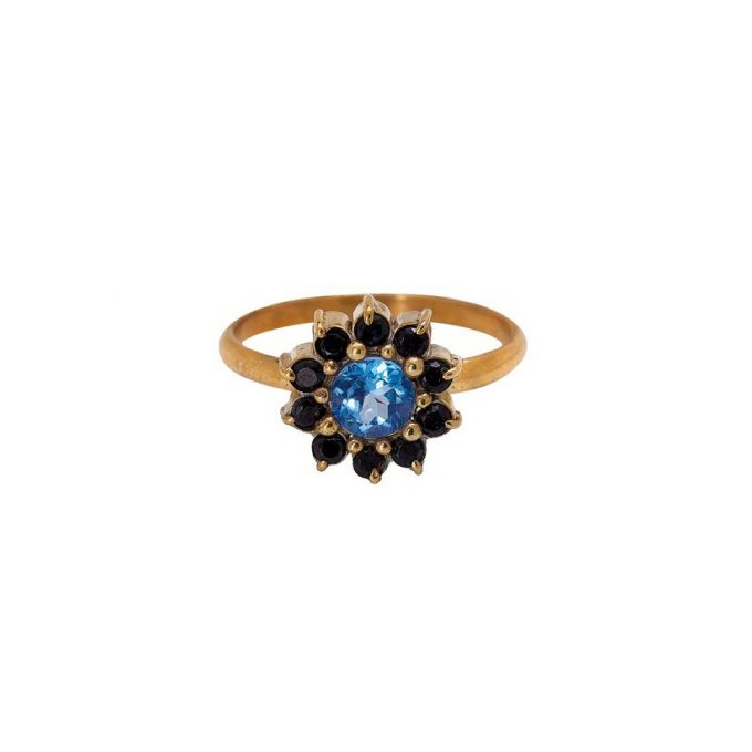 Ring met zwarte en blauwe steentjes