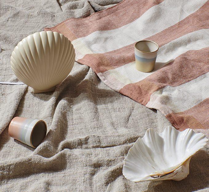 HK Living Suites Special: Ceramic 70s Mugs Horizon