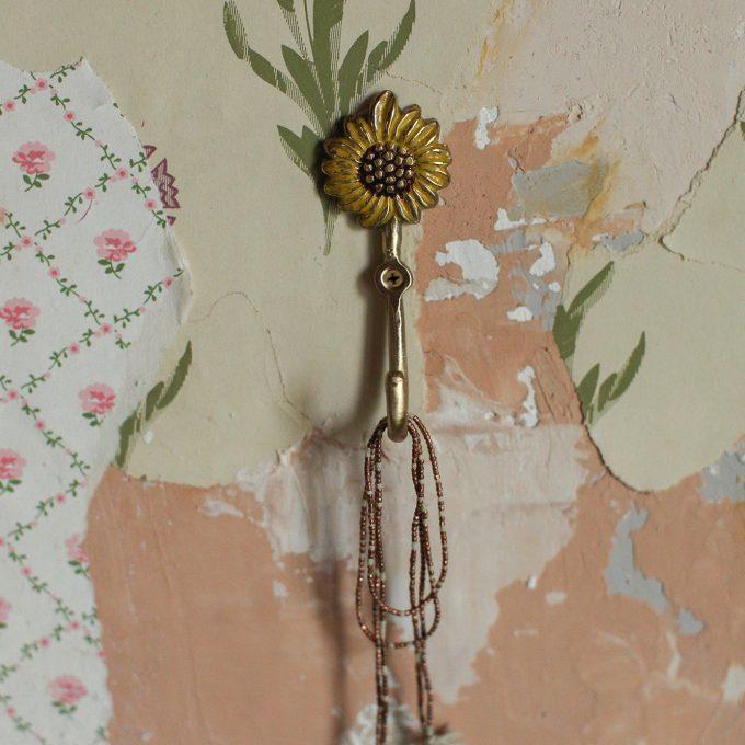 Sunny Sunflower Hook